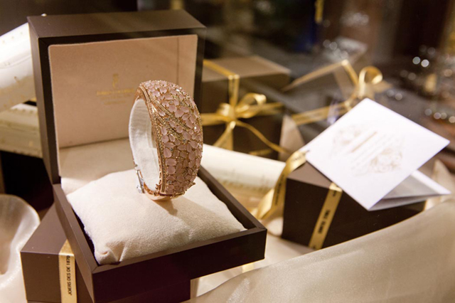 Tomas Colomer - The Shopping Night Barcelona - 2013 - BRAZALETE REGALO