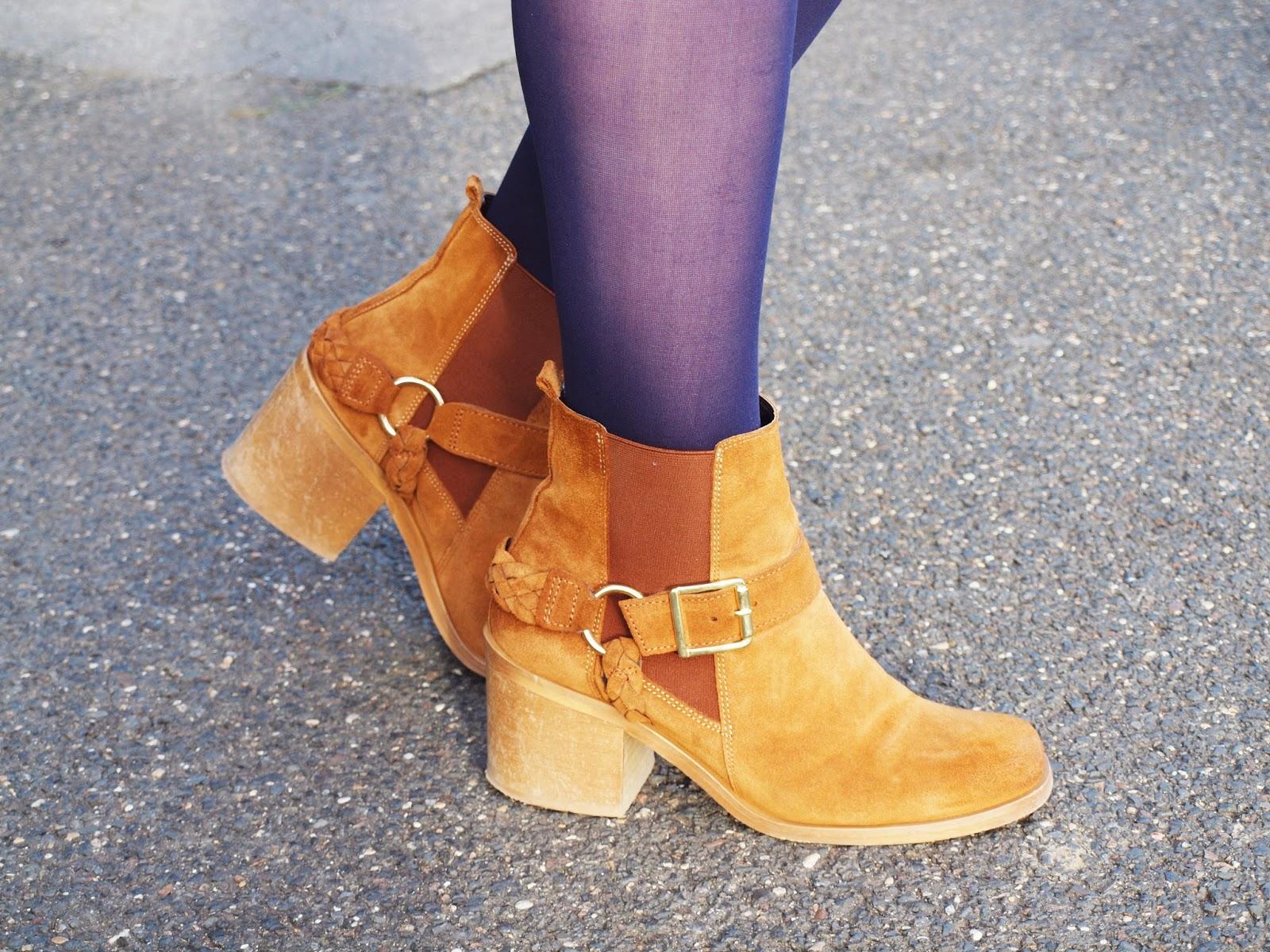 boots-orange-marron-lanieres-texto-soldes-hiver-2015