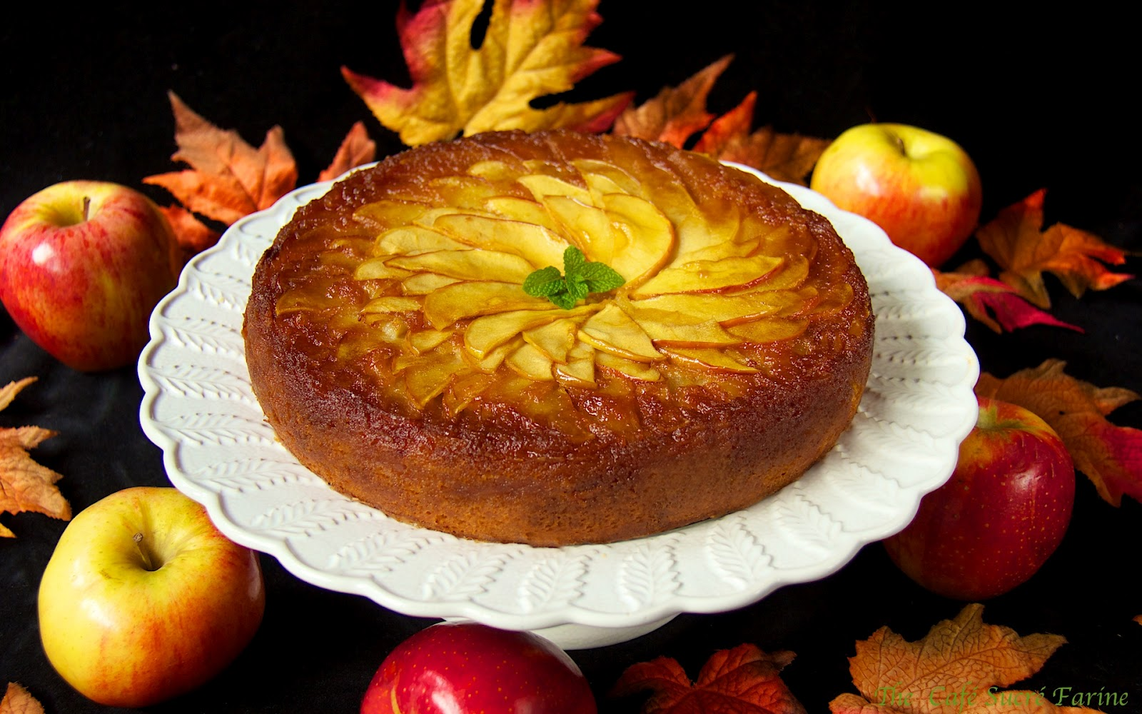 French Apple Cake - the most delicious, melt-in-your-mouth cake with a ...