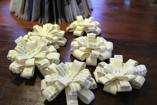 handmade paper bows christmas craft sustainable christmas mindful christmas