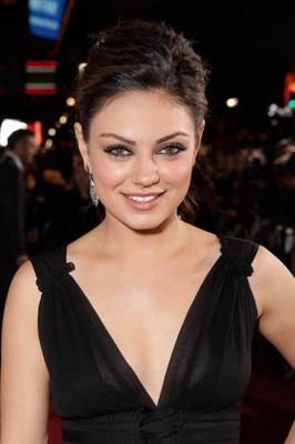 hot actress mila kunis