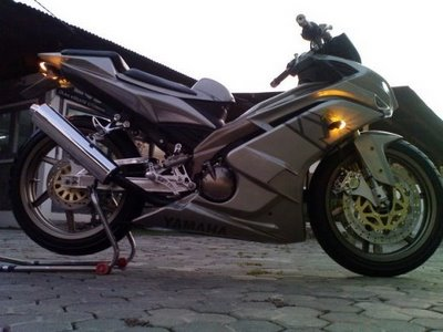 Gambar Modifikasi Yamaha Jupiter MX.jpg