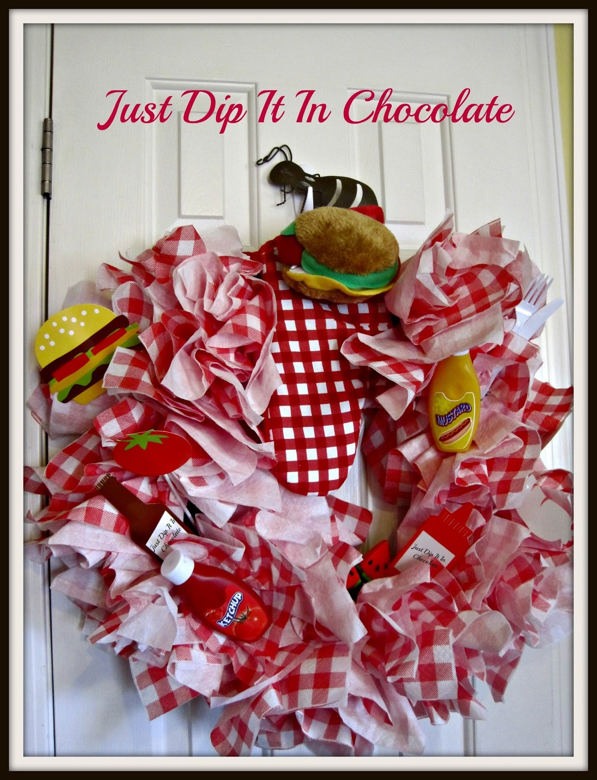 Just dip it in chocolate paper napkin picnic wreath paper napkin picnic wreath jeuxipadfo Image collections