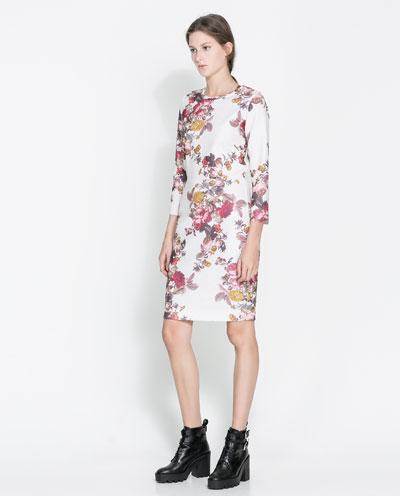 çiçekli desenli elbise