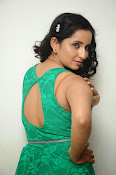 Ishika singh new hot photos-thumbnail-6