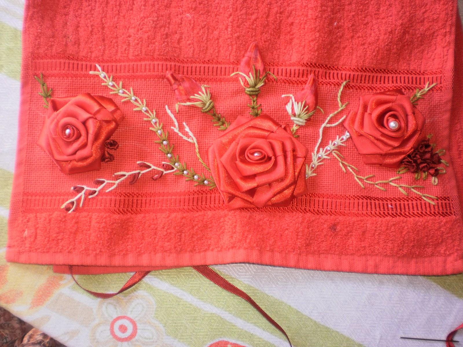 Arte Brasil Tapete Cinderela : Essas toalhas foram bordadas por mim,aqui no blog tem o passo a passo