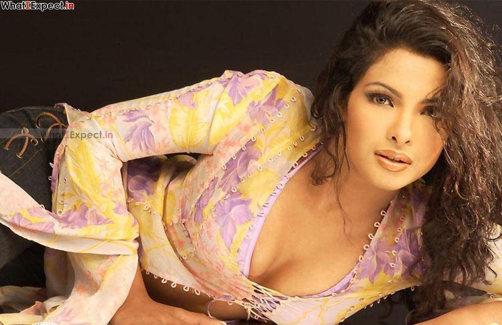 Fashion Style Teens Priyanka Chopra Hot Wallpapers