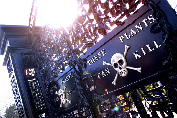 Alnwick Garden Poison Garden Gates: These Plants Can Kill