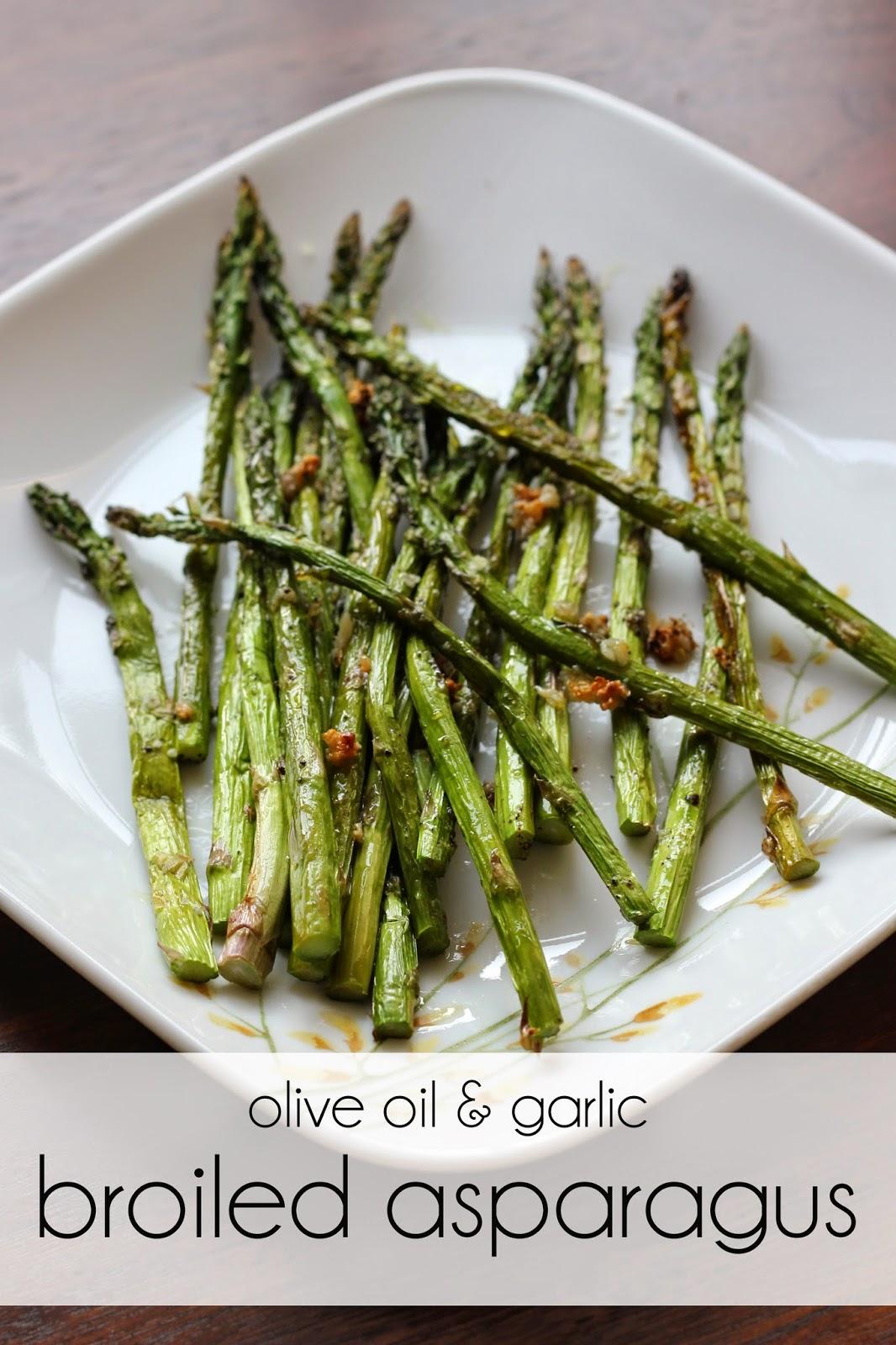 broiled-asparagus-garlic-olive-oil