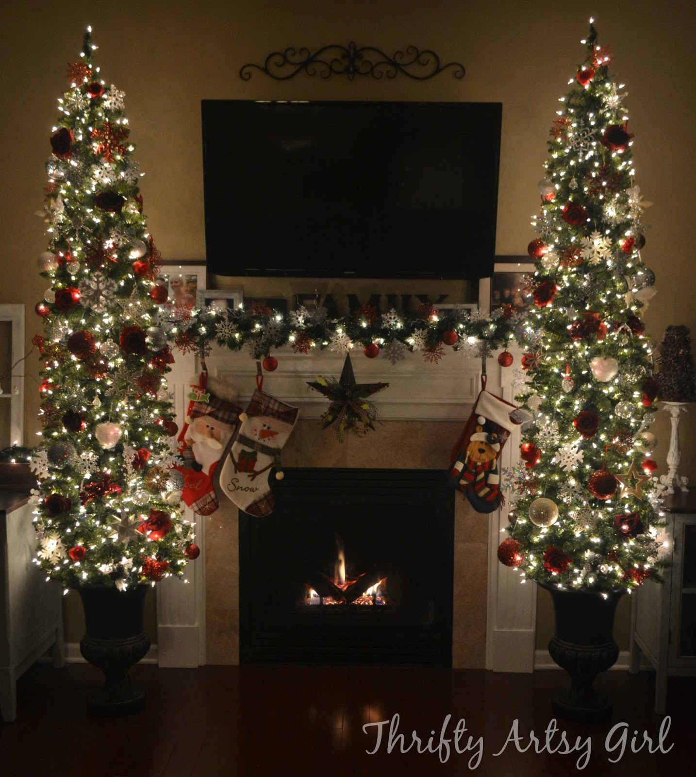 i could just sit in my cozy christmas living room all day long im glad i purchased the 7 12 foot trees - 7 1 2 Foot Christmas Tree