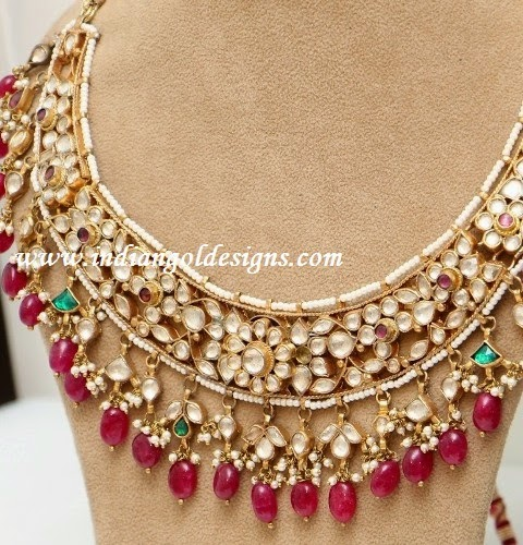Gold and Diamond jewellery designs kundan jewellery