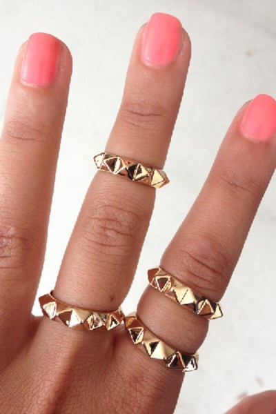 Trend Watch: Knuckle rings