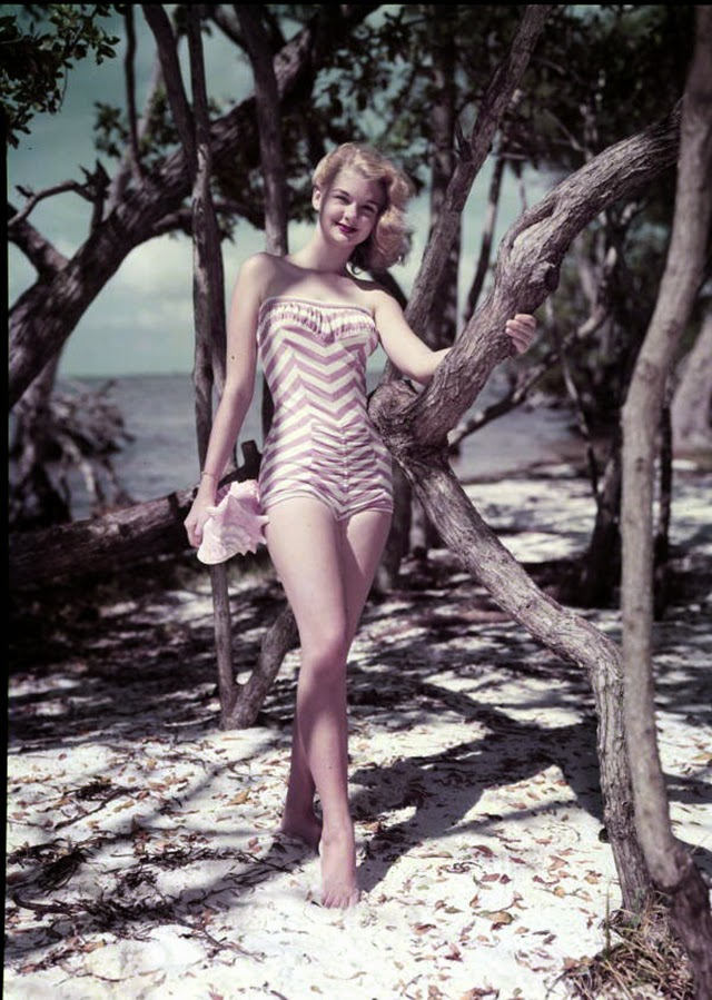 Beautiful Vintage Bathing Suits In Florida From The 1940s