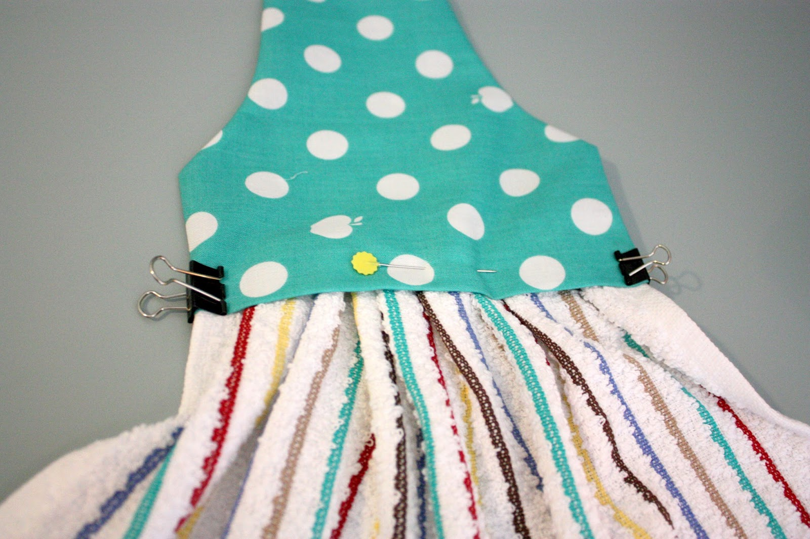 Tutorial: How to Make a Kitchen Towel with Snaps