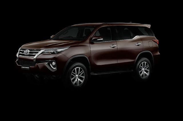 Penampakan All New Toyota Fortuner 2015