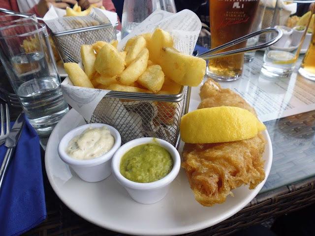 Fish & Chips típico irlandés