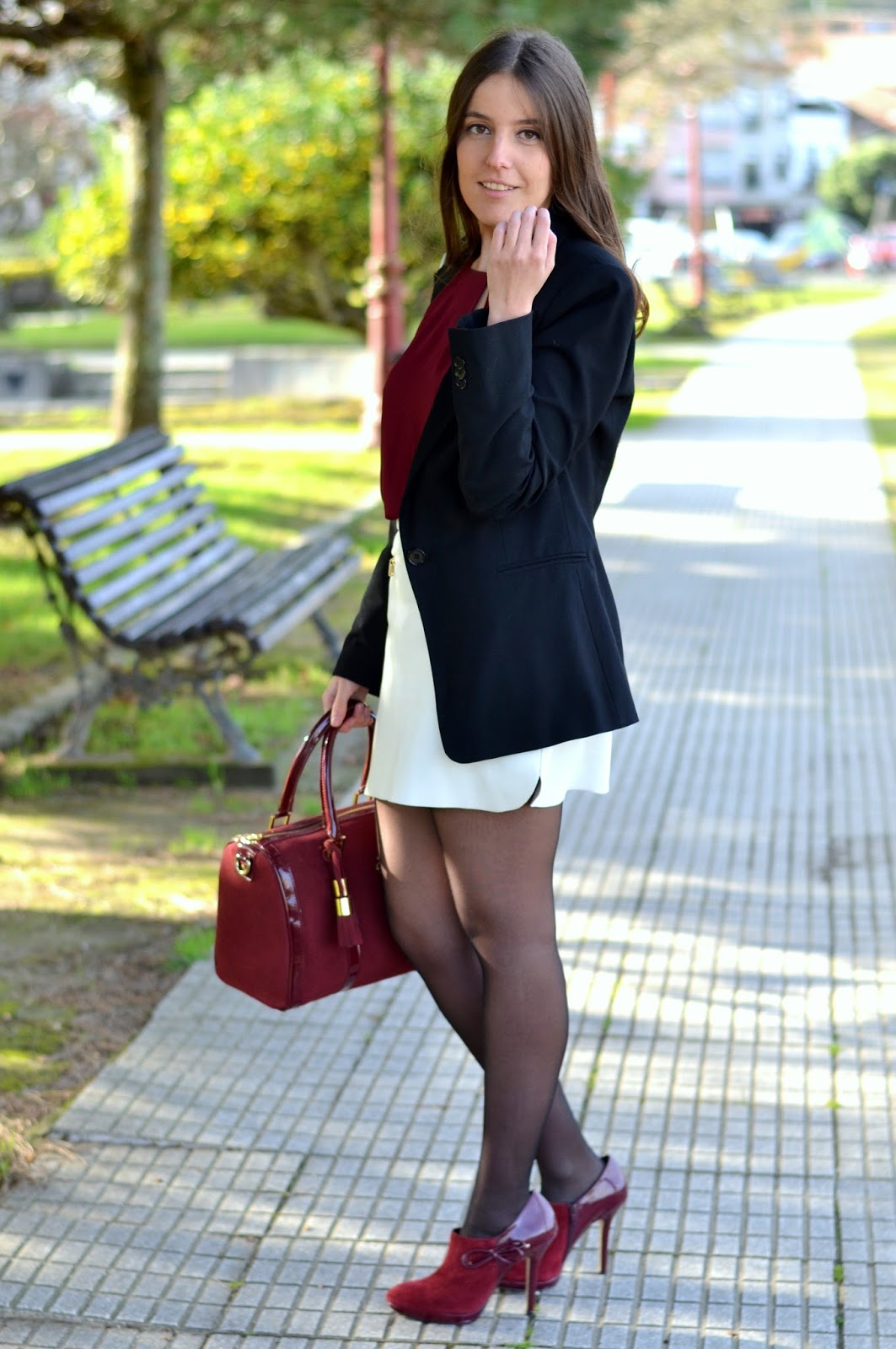 botines y bolso burgundy de menbur