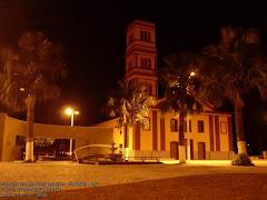 Praça Monsenhor José Candido na Noite.