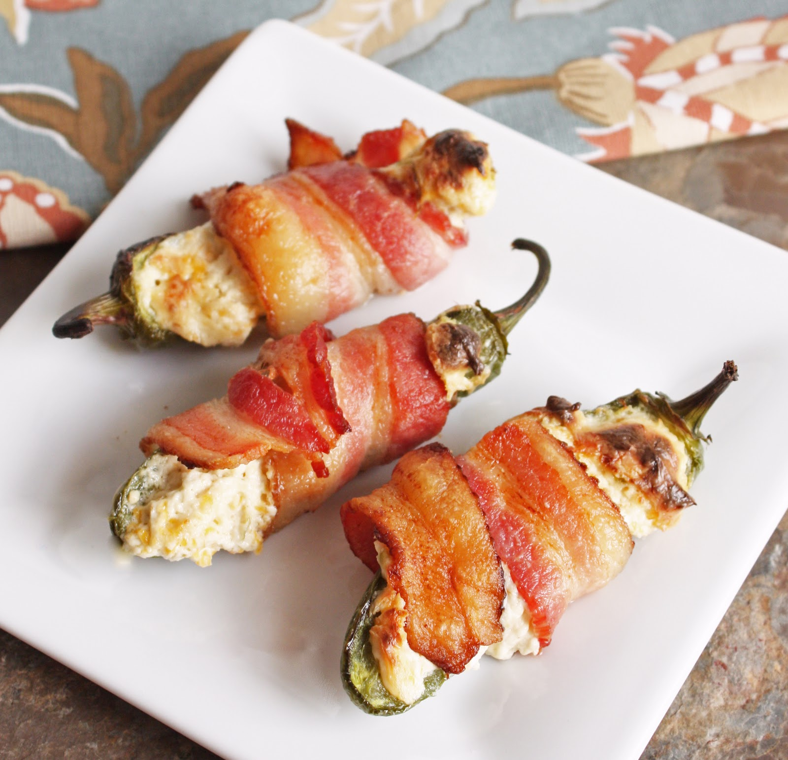 Delicious Keto Friendly Bacon Wrapped Low Carb Jalape�o Poppers!