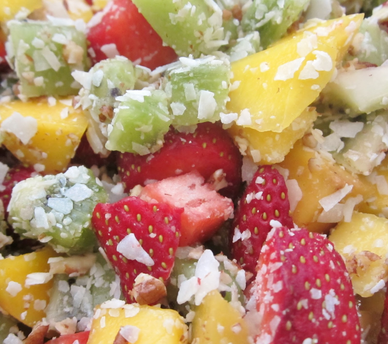 This Tropical Fruit Salad is full of amazing flavor with very little ...