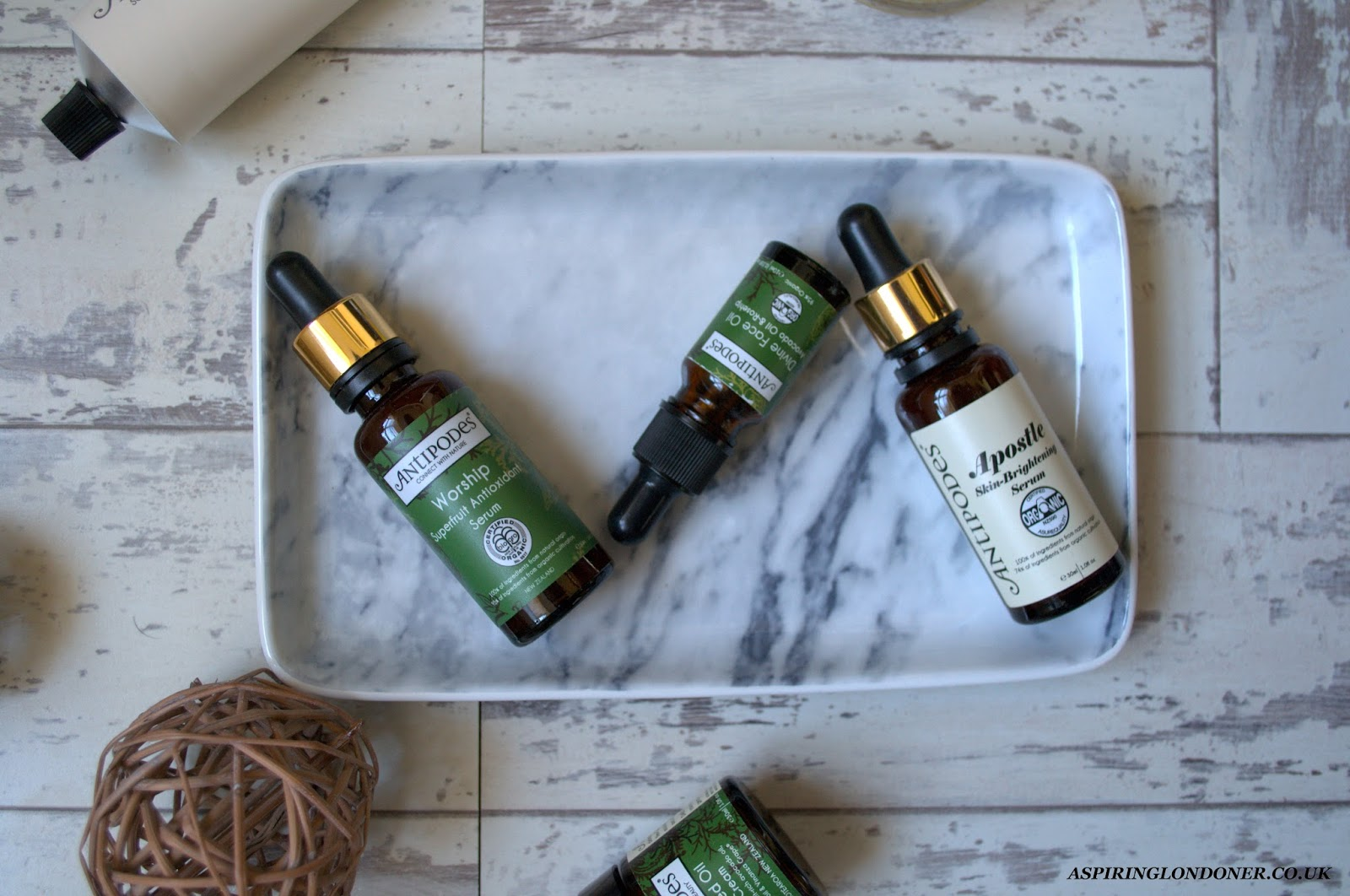 Antipodes Apostle Serum & Avocado Rosehip Oil Review - Aspiring Londoner