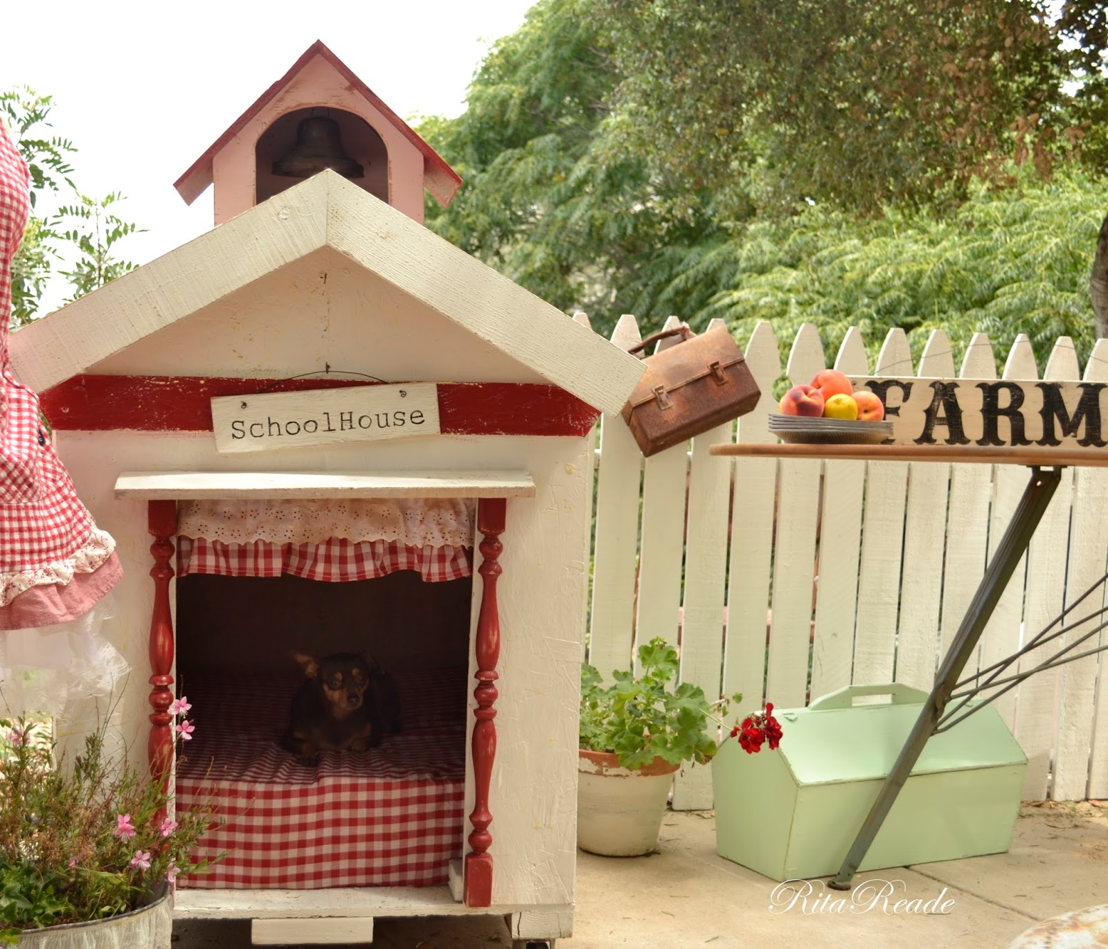 mammabellarte dog house house