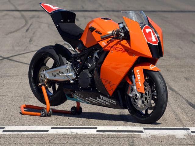 KTM RC8 Superstock Sport Bikes REviews