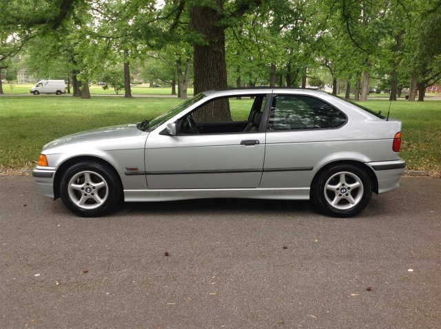 1996 bmw 318 for sale with 1996 Bmw 318ti California Top Edition on BMW 3 series E36 Cabrio model 9299 together with CD4t 6506 further 1216717248 also 2259308 2001 BMW 318i E46 For Sale additionally Wilwood Vauxhall Nova Corsa B Astra Brake Kit Midilite 4 Pot Calipers 310mm.