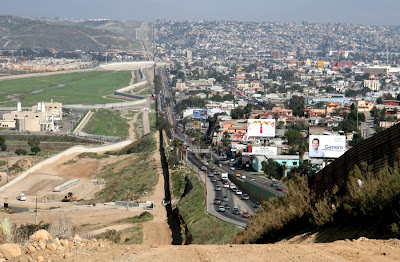 Frontera entre Tijuana México y San Diego California USA