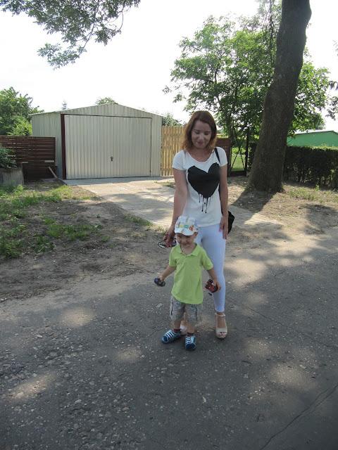 http://pantofelek24.pl/product-pol-3537-Sandaly-na-koturnie-meliski-A6-3-Y99-S3293-Bezowe.html