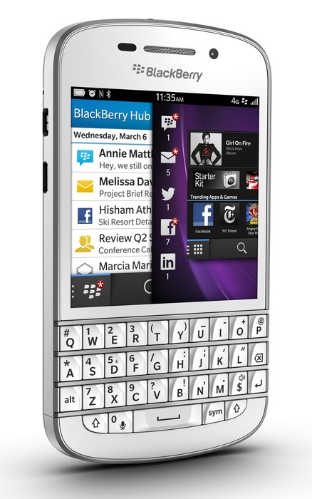 BlackBerry Q10 Keyboard QWERTY dan 3,1-inci Super AMOLED