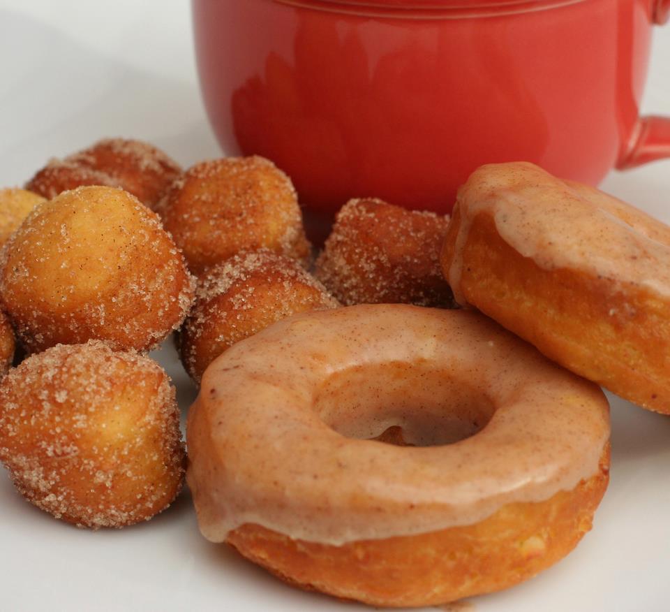 Apple Pumpkin Spice Donuts