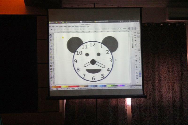 Jam dinding dengan Inkscape