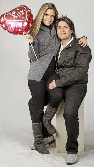 Andrea San Miguel junto a Deyvis Orosco