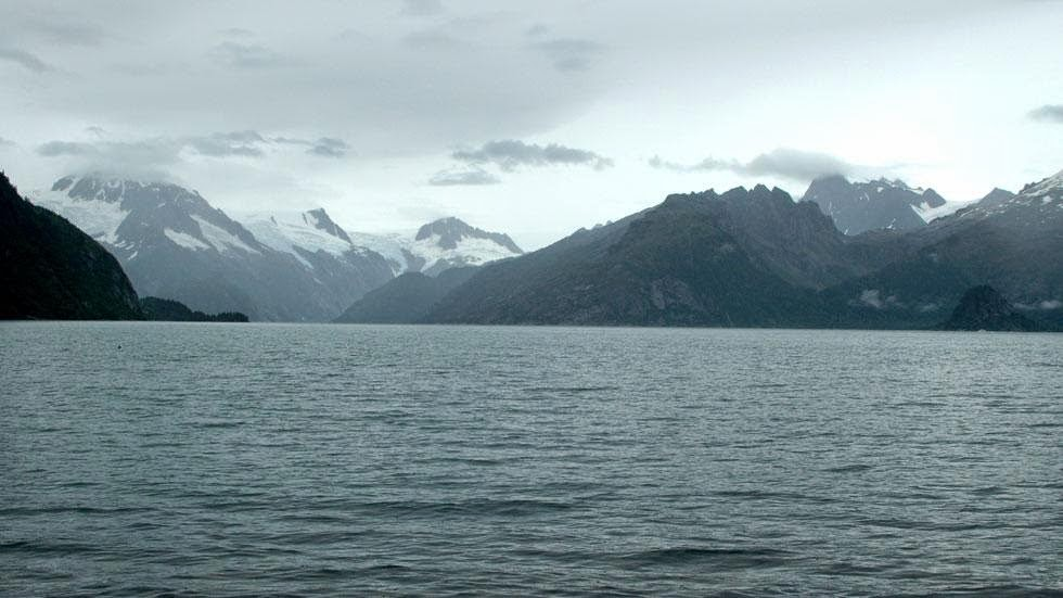 Northwestern Glacier (2005) - Photos of Alaska Then And Now. Get Ready to Be Shocked When You See What it Looks Like Now.
