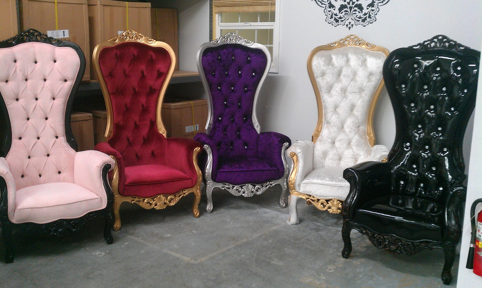 Black King Throne Chair Modern chair rental Images - Frompo