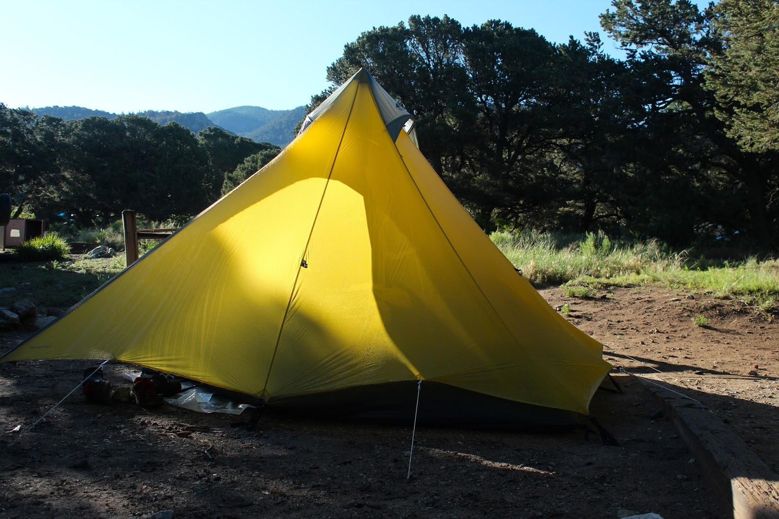 I bought this tent for one reason only--it was the only lightweight backpacking tent advertised to hold five people. I ordered it just before our May ... & Remains of the Day: Gear Review ~ GoLite Shangri-La 5 Tent