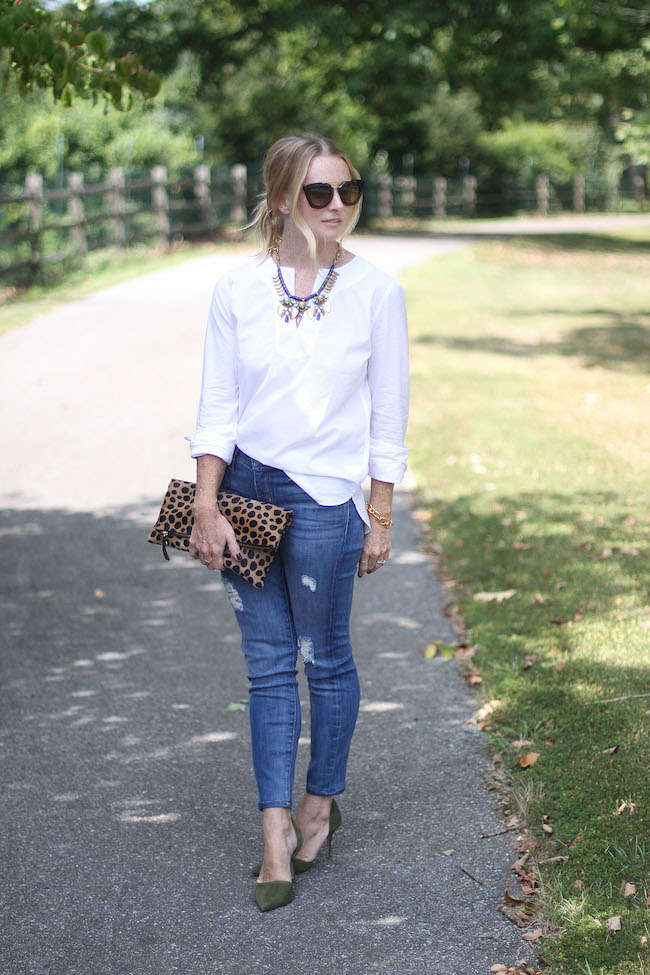 jcrew necklace, statement necklace, white tunice, distressed skinny jeans, current elliot jeans, clare v leopard clutch, jcrew heels