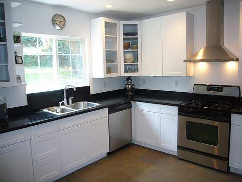 Sample l shaped kitchen design kitchen design ideas L shaped kitchen design for small kitchens