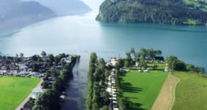 Brunnem - Lago Lucerna, Cantão de Schwyz, Suíça   Switzerland