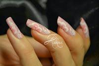 http://kakinenailart.blogspot.fr/2013/11/one-stroke-rose-mat.html