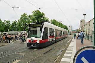 Straßenbahn + Potsdam: Umstrittene Tramhaltestellen werden gebaut, obwohl Ergebnisse eines Sicherheitschecks noch fehlen, aus PNN