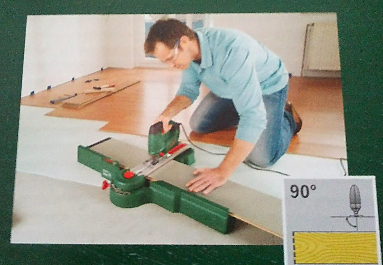 Пример использования приспособления Bosch PLS 300 для резки лобзиком