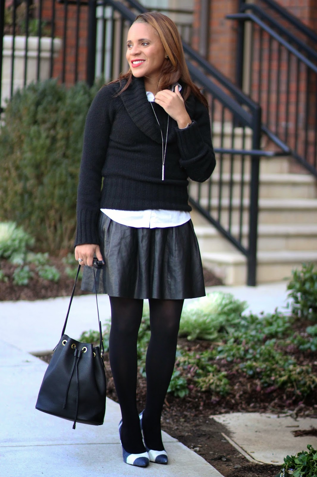 Black-leather-pleated-skirt