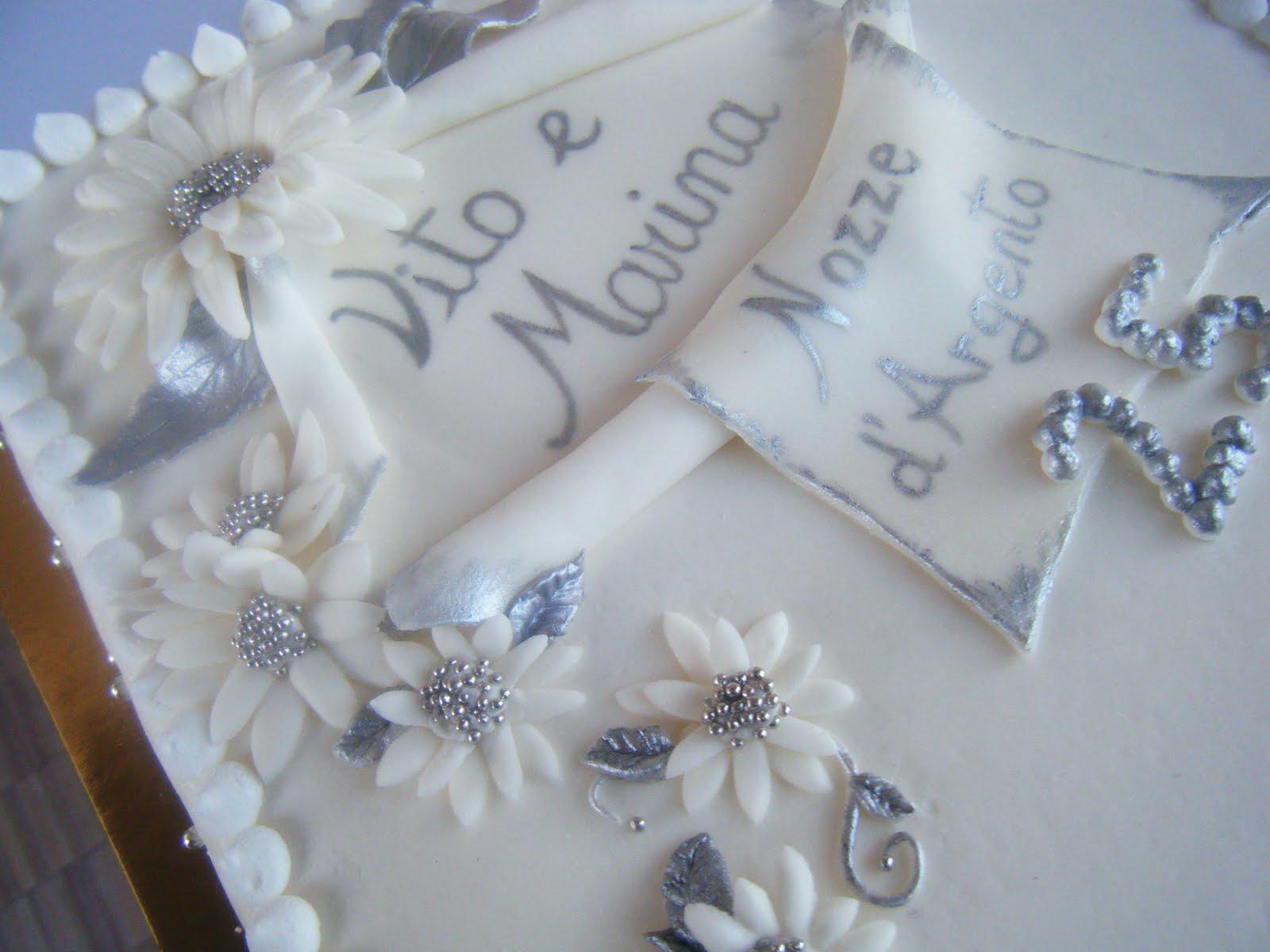La rosa bulgara torta 25 anni di matrimonio nozze d for 25 anni matrimonio
