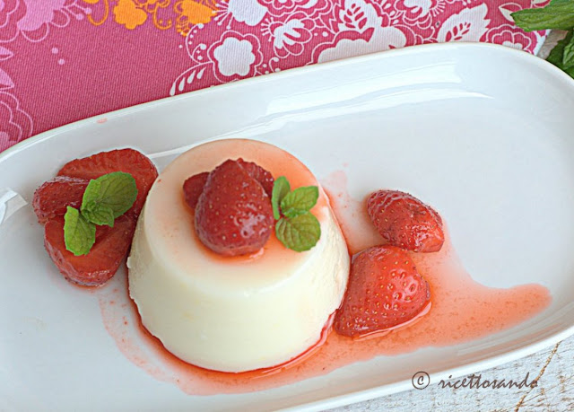 ricetta di dessert Biancomangiare