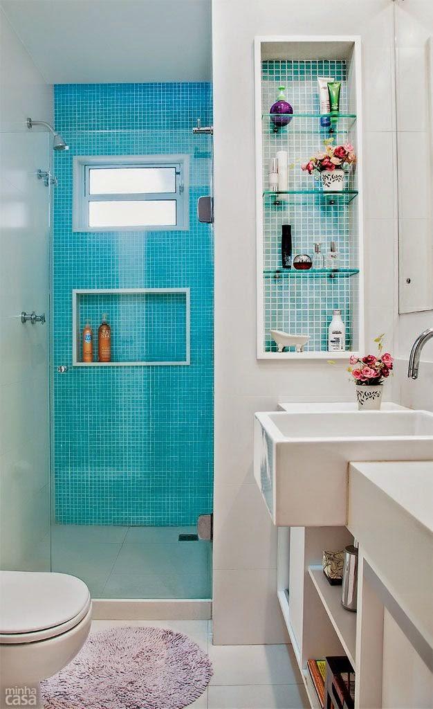 Casa de ideias e decoração Azul turquesa na decoração -> Banheiro Decorado Com Gabinete De Vidro