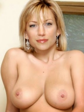 claire goose nude image 9   office girls wallpaper