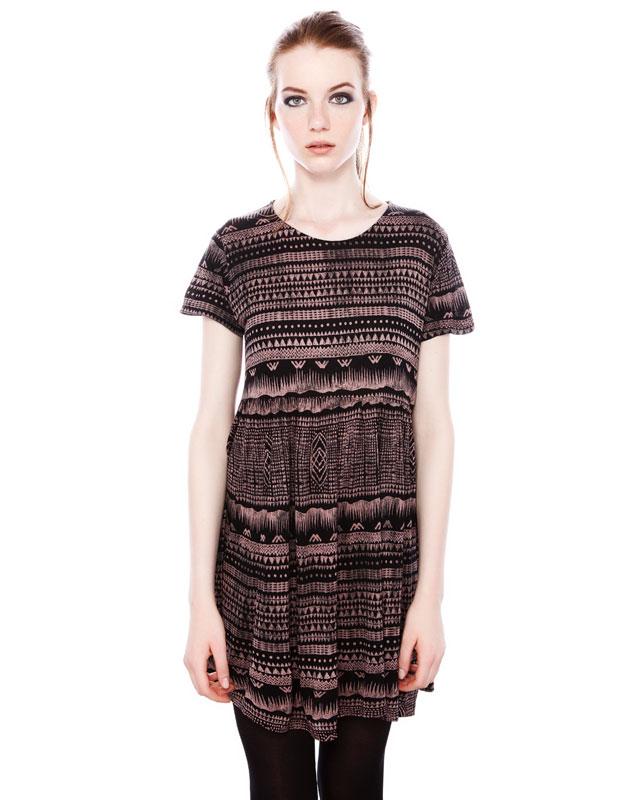 askılı bol kesim simetrik etnik desenli kısa elbise