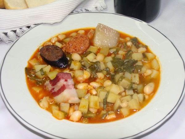 Estrozando botes per asturias un poco de la cocina asturiana for Cocina asturiana